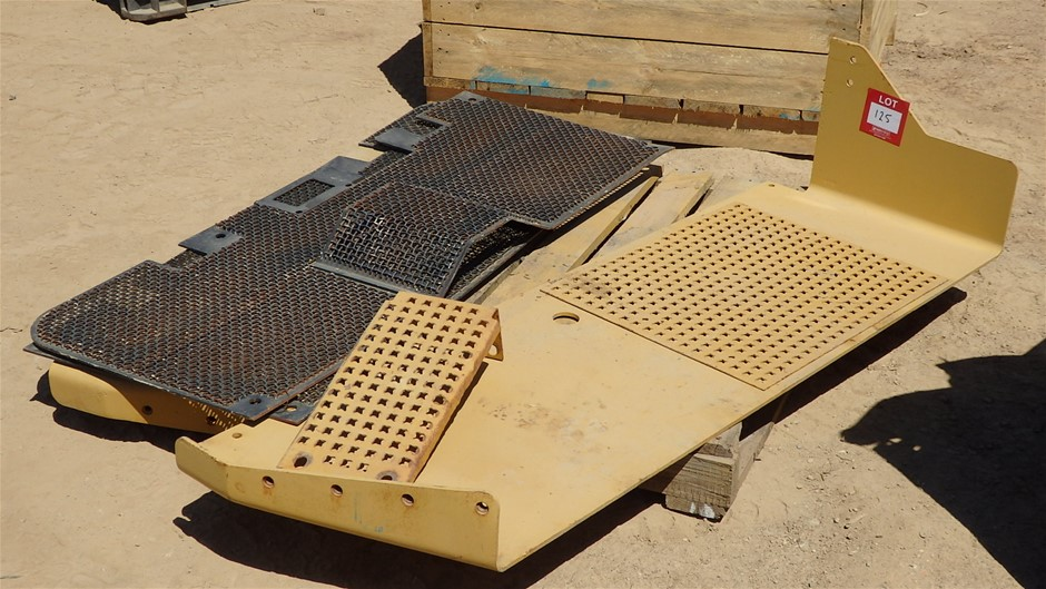 Caterpillar Dozer Side Guards and Cab Protector for D7