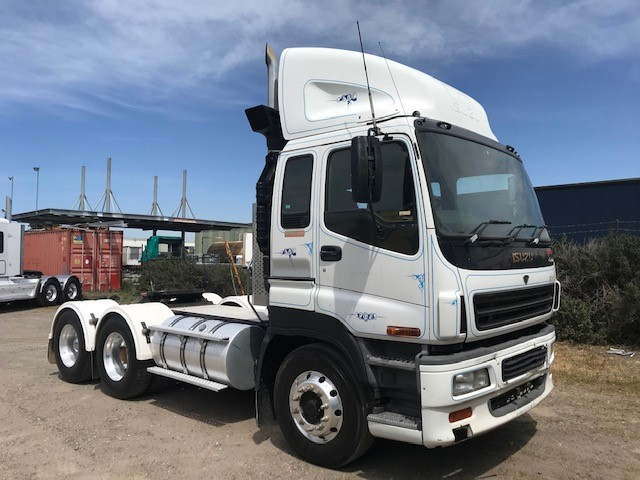 2006 Isuzu Gigamax Custom Prime Mover Truck