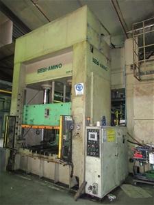 2001 SEYI-AMINO SDP-200 Hydraulic Press