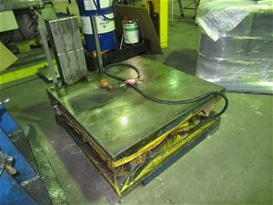 Electric Pallet Lifter (O'Sullivans Beac