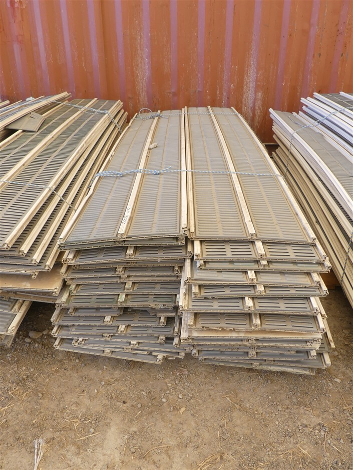 Interlocking Sound Proofing Clading Approx. Length (mm): 3000</