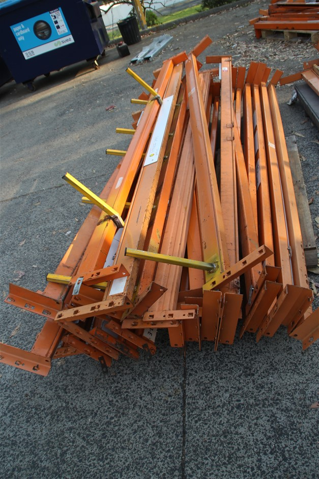 28 x Assorted Dexion Pallet Racking Load Beams Approx: 28 x 258