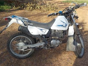 2015 Suzuki DR 200SE Dirt Bike