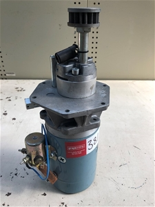 HYDRAULC PUMP AND MOTOR x1 (267026-381)