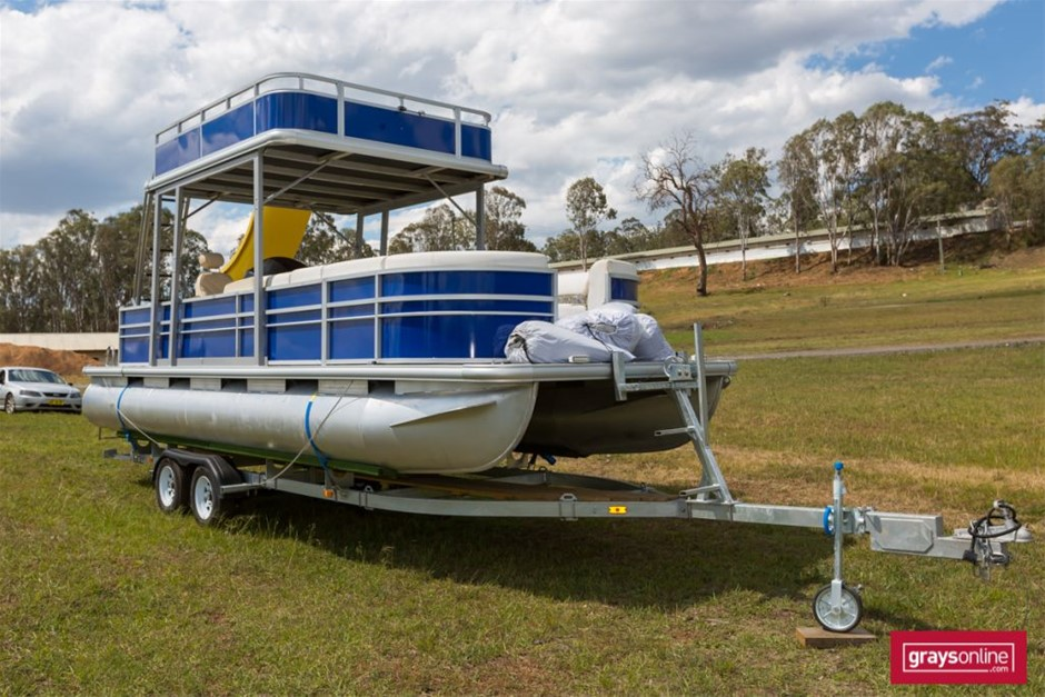 Aluminium Pontoon Power Boat