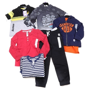 4 Sets x Assorted Boy`s Clothing Set, Si