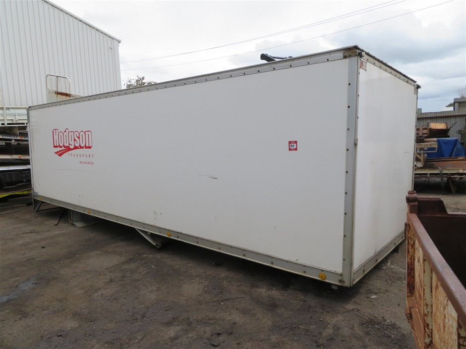 Insulated Truck Body Walls and Roof Fibreglass