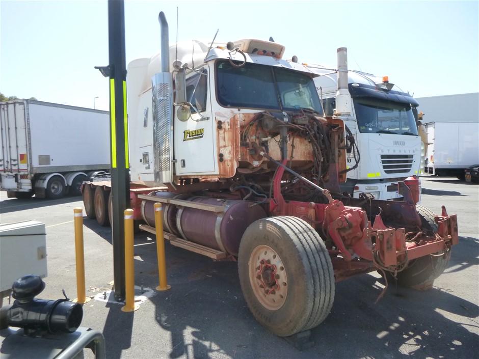 2013 Western Star Tri Constellation 8 x 6 Prime Mover Truck