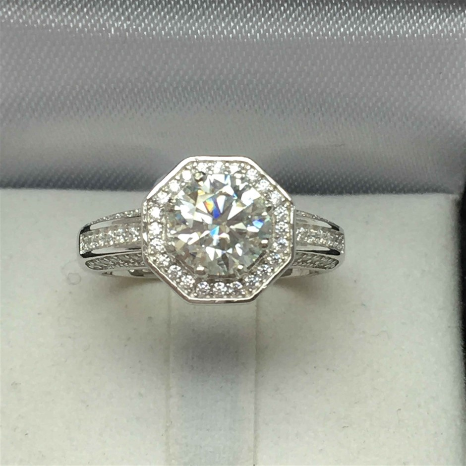 1.30ct Moissanite and Cubic Zirconia Engagement Ring