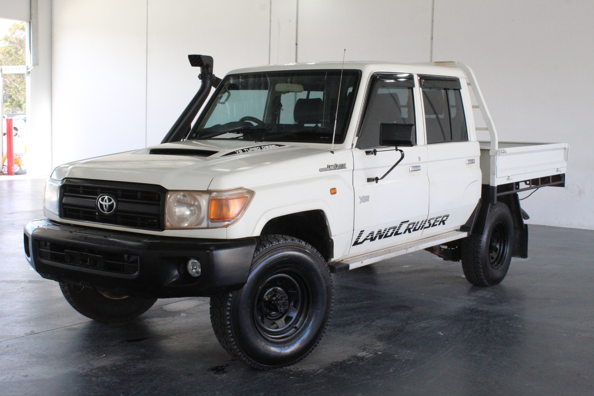 2014 Toyota Landcruiser Workmate (4x4) VDJ79R T/Diesel Mnl Crew Cab Chassis