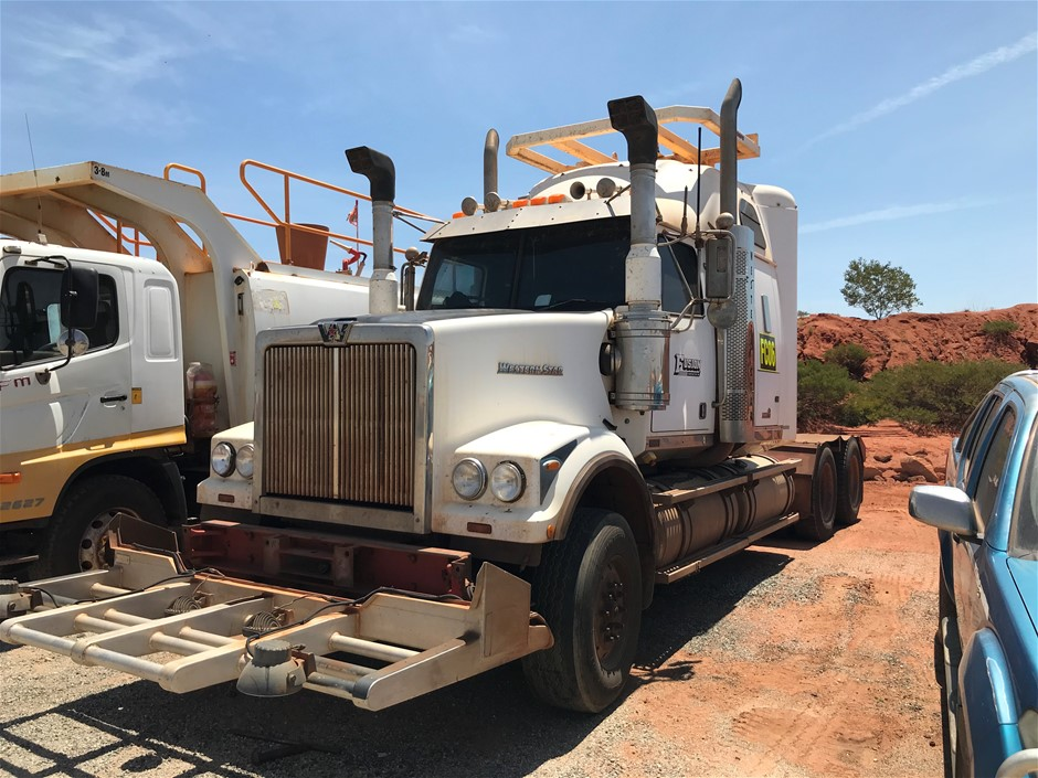 2010 Western Star 4900 FX Stratosphere 6 x 4 Prime Mover
