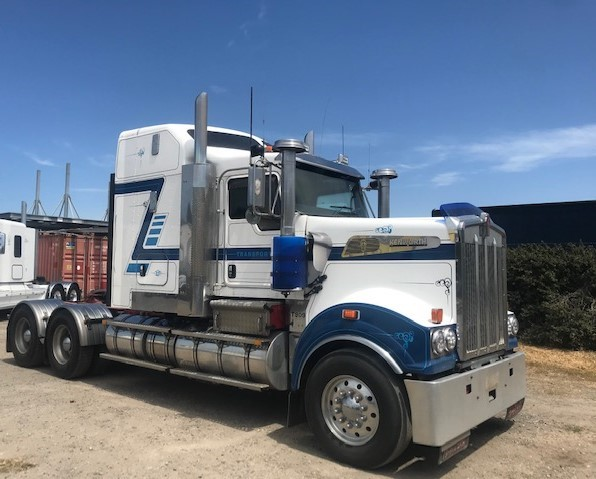 2013 Kenworth T909 Prime Mover Truck