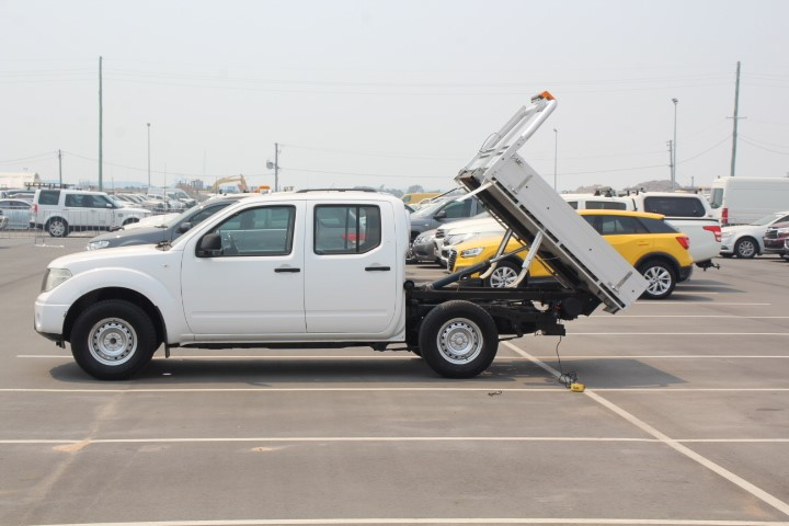 2011 Nissan Navara RX D40 T/Diesel Auto Dual Cab TIPPER, 114,546km