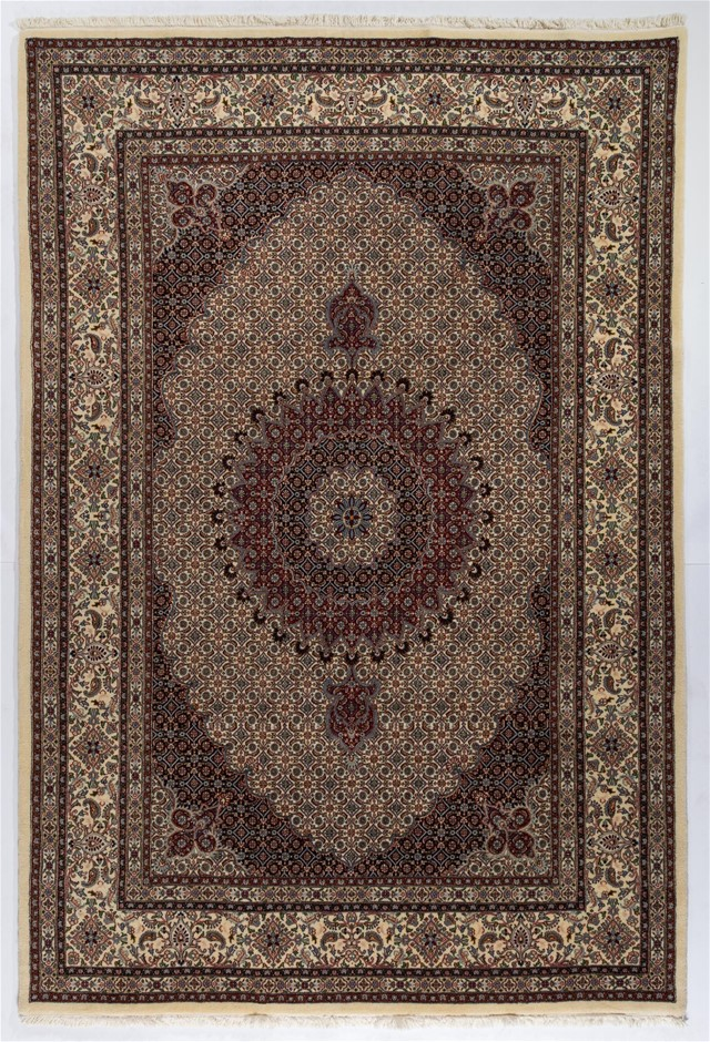 Persian Mood Fine Quality Hand Knotted Pure Wool Pile Size (cm): 201 x 300