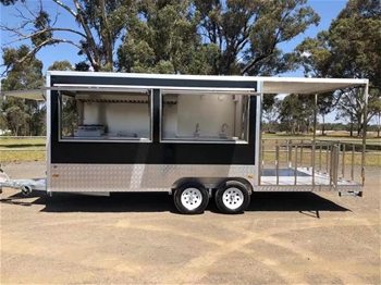 2019 Food Trailer 740 with Porch