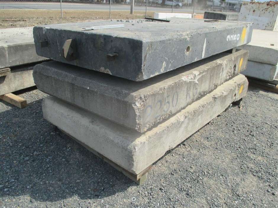 Qty 3 x Concrete Block / Counter Weight