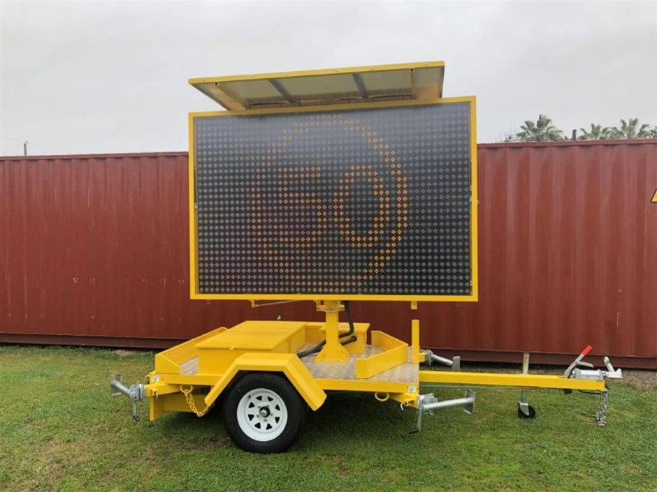 Unused 2020 Variable Message Sign (VMS) Sign Trailer