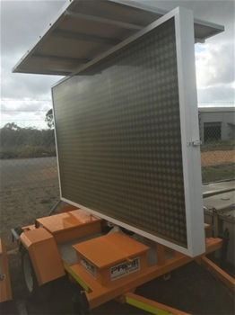2 x 2013 LED Variable Message Boards - Gladstone