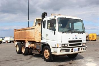 2001 Mitsubishi FV500 6x4 Tipper Truck