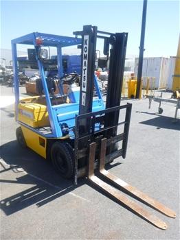 2010 Komatsu 4 Wheel Counterbalance Forklift