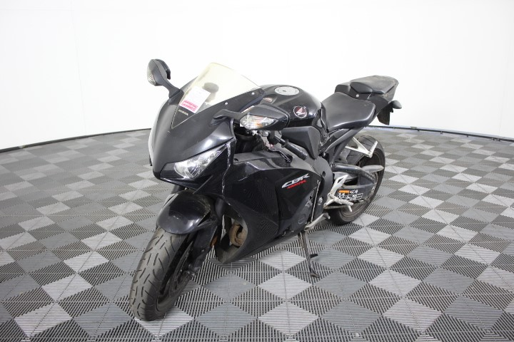 2012 Honda CBR 1000RR 2 seater Road, 42550 km indicated