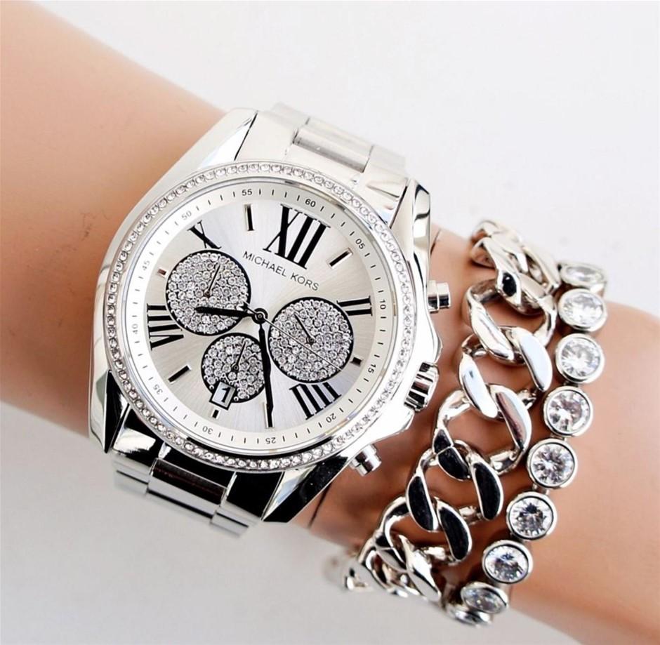 Stunning unworn Michael Kors Couture NY 'Bradshaw' watch.