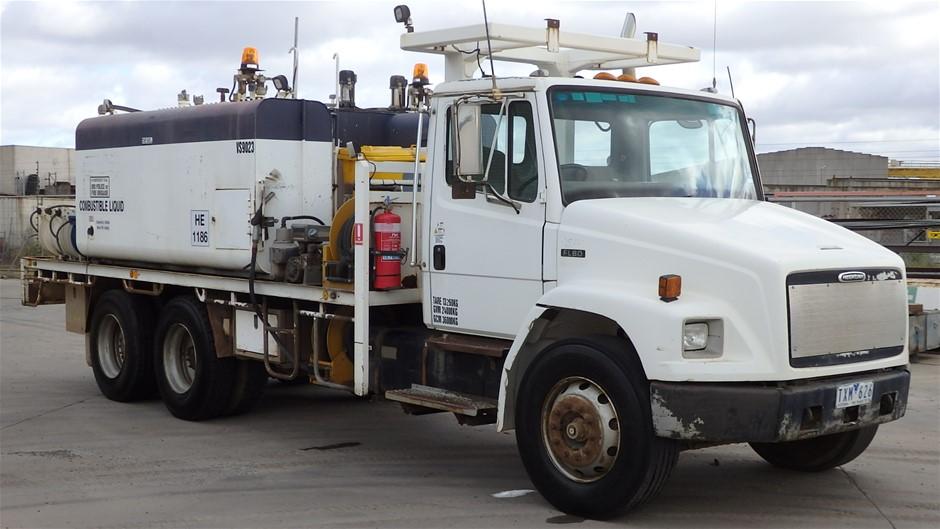 1995 Freightliner FL80 6 x 4 Service Truck