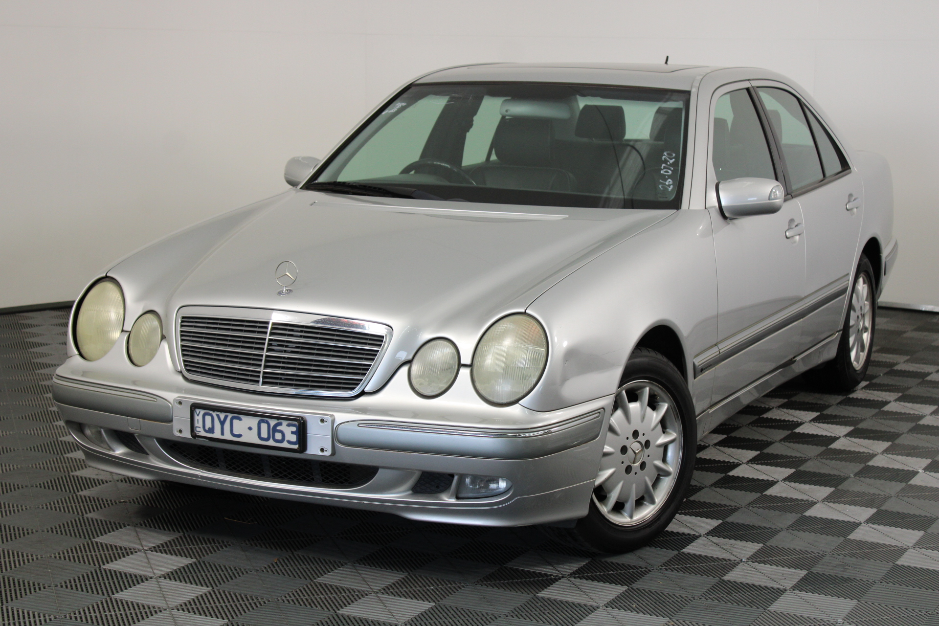 2001 Mercedes Benz E240 Elegance W210 Automatic Sedan