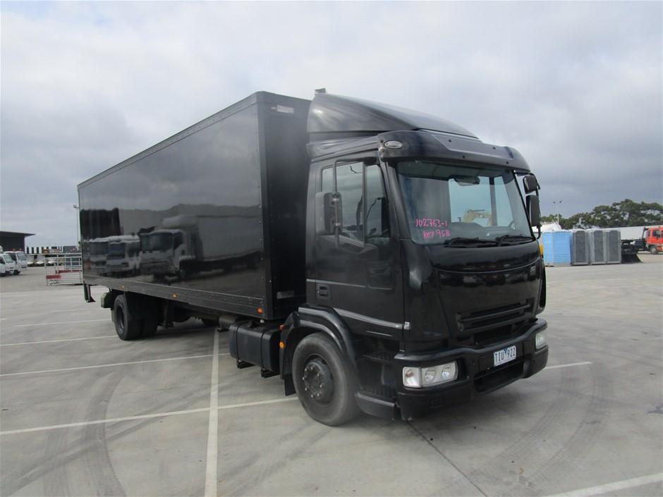 Iveco 150 E24 4 x 2 Pantech Truck