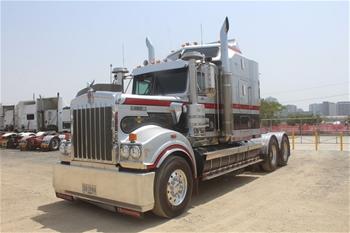 2017 Kenworth T900 Legend #196 6x4 Prime Mover Truck