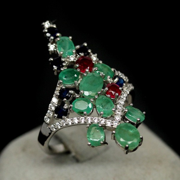 Beautiful Genuine Emerald, Sapphire & Ruby Cluster Ring.