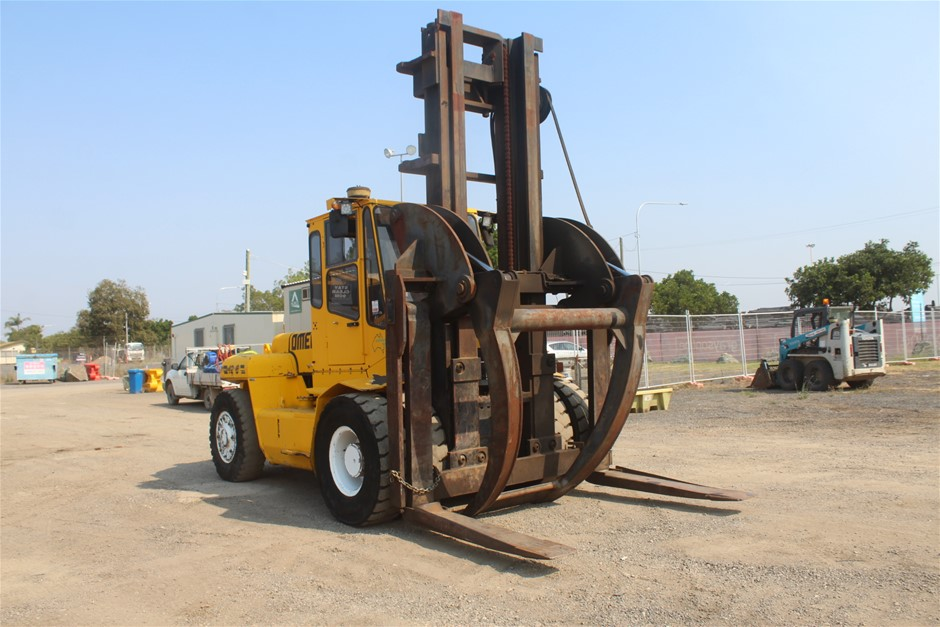 2002 Omega 12-6 Counterbalance Forklift