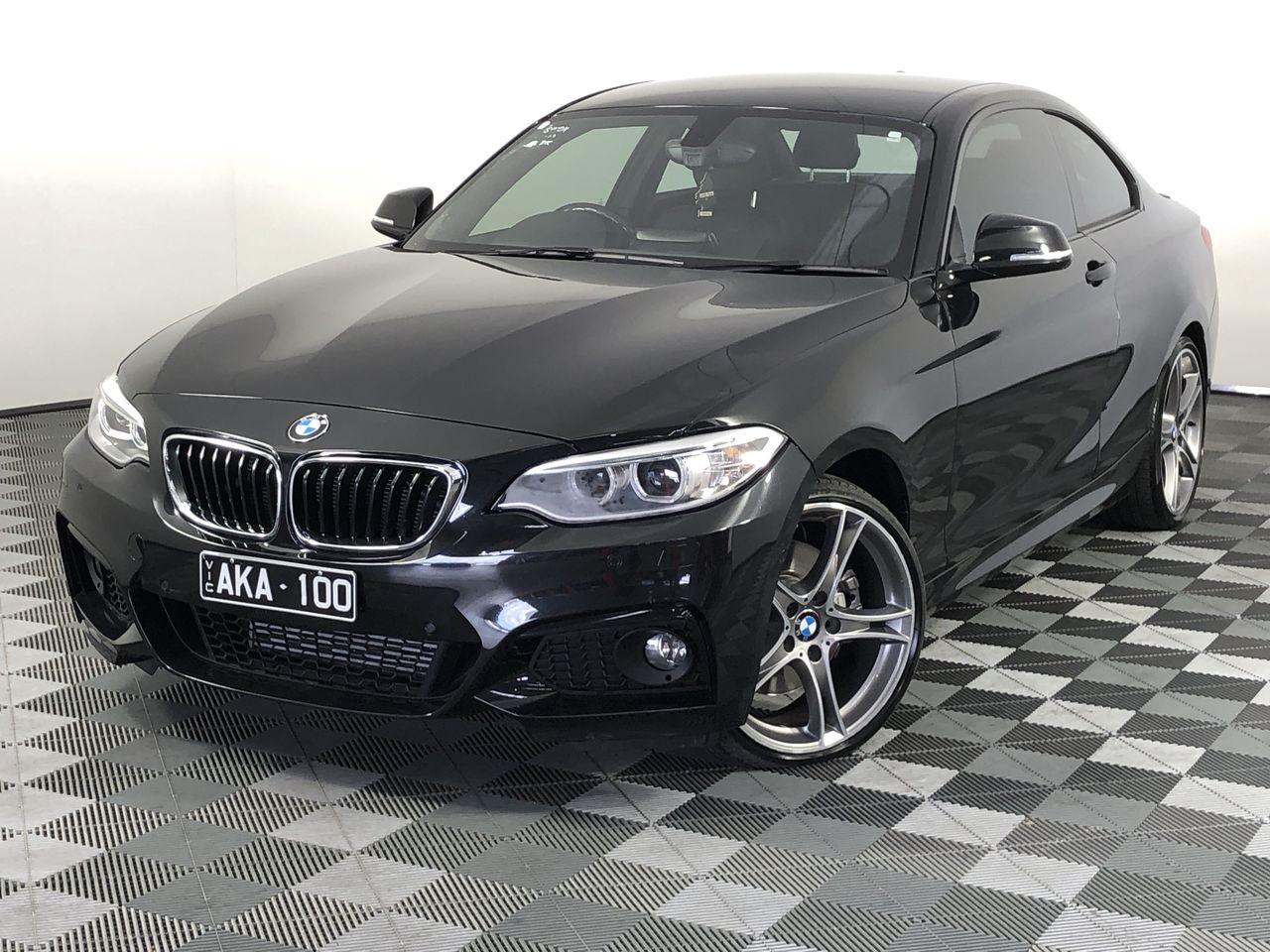 2015 BMW 2 Series 228i F22 Automatic - 8 Speed Coupe
