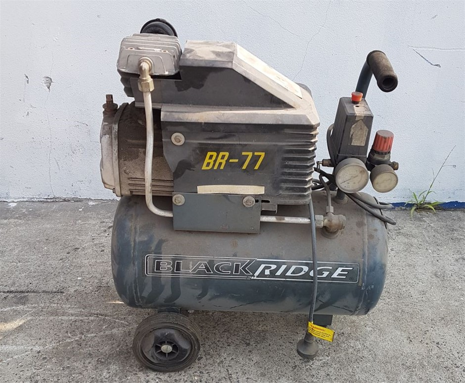 AIR COMPRESSOR MODEL BR77 BLACK RIDGE 240V POWER PLUG IN Located: 46 Wh