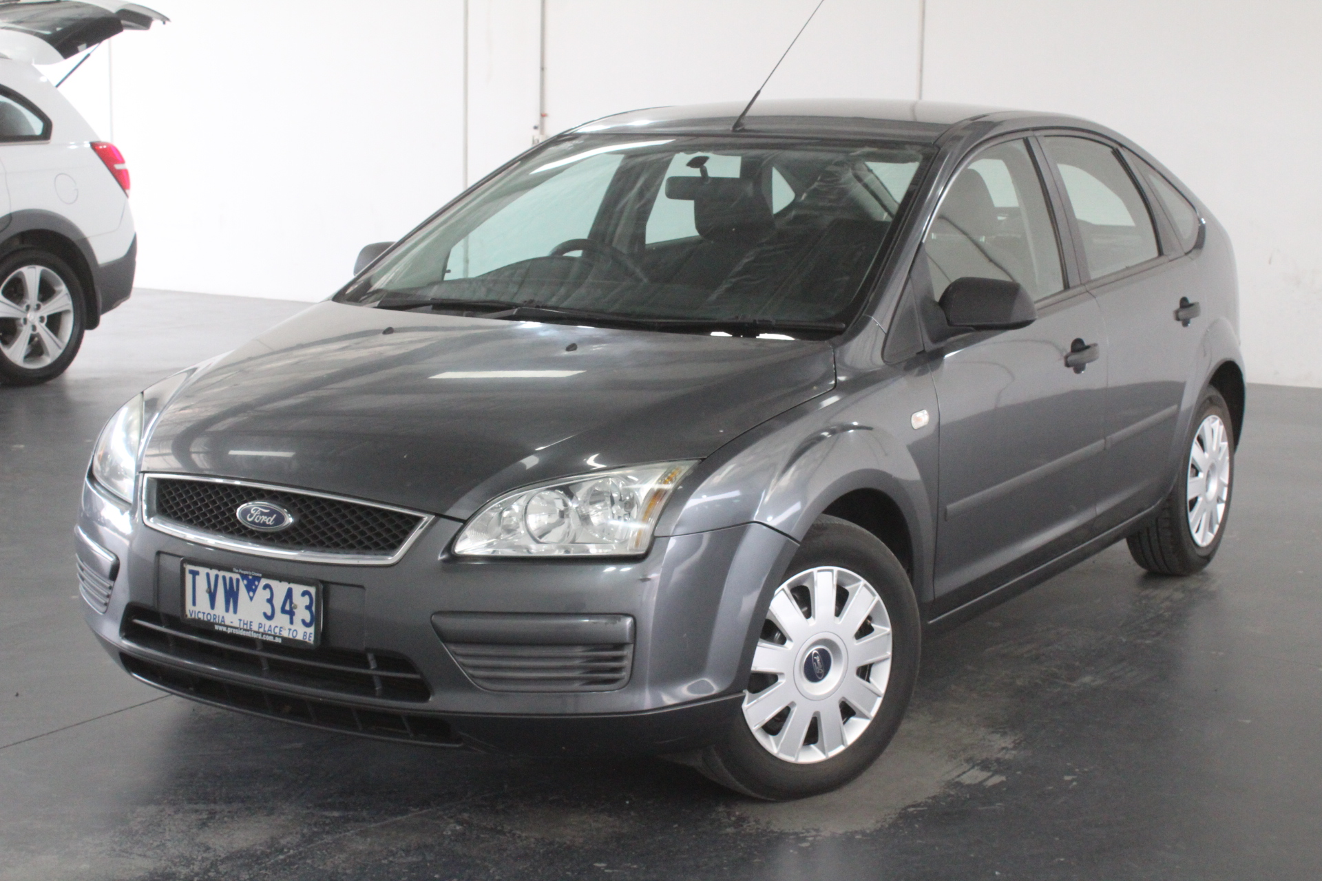 2005 Ford Focus CL LS Automatic Hatchback