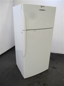 Fisher ad Paykel E521T Refrigerator / Top Freezer