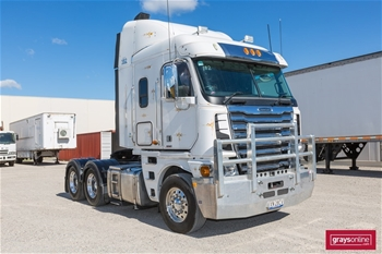 2013 Freightliner Argosy FLH 6X4 Cab Over Prime Mover