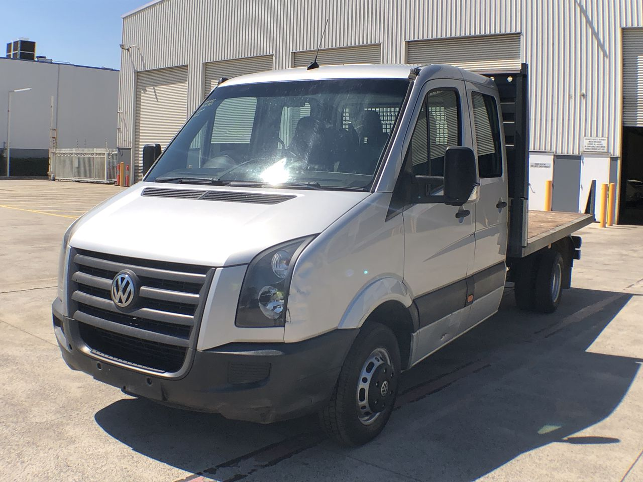 Volkswagen Crafter 50 LWB Turbo Diesel Manual 7 Seats Crew Cab Chassis