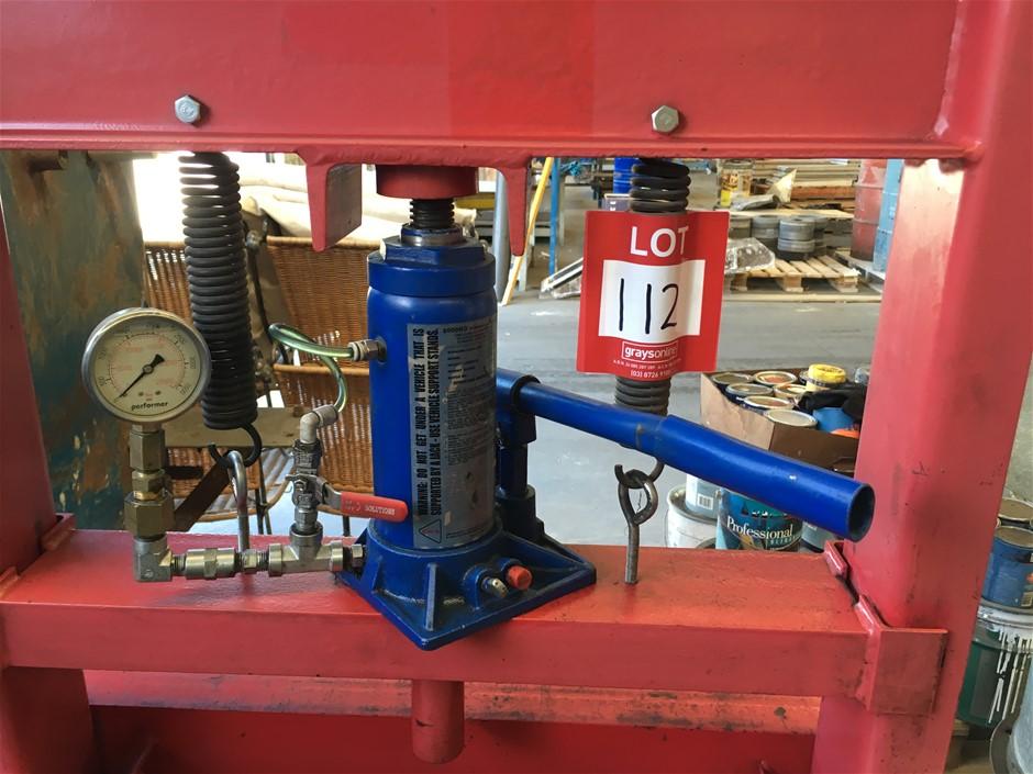 """H"" Frame Hydraulic Press & Pressure Gauge"