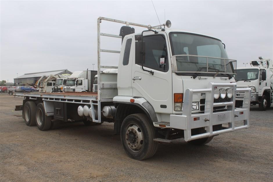2007 Fuso 6 x 4 Turbo Diesel Tray Body Truck