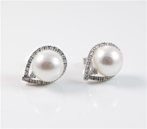 14ct White Gold, 0.25ct Pearl Earring