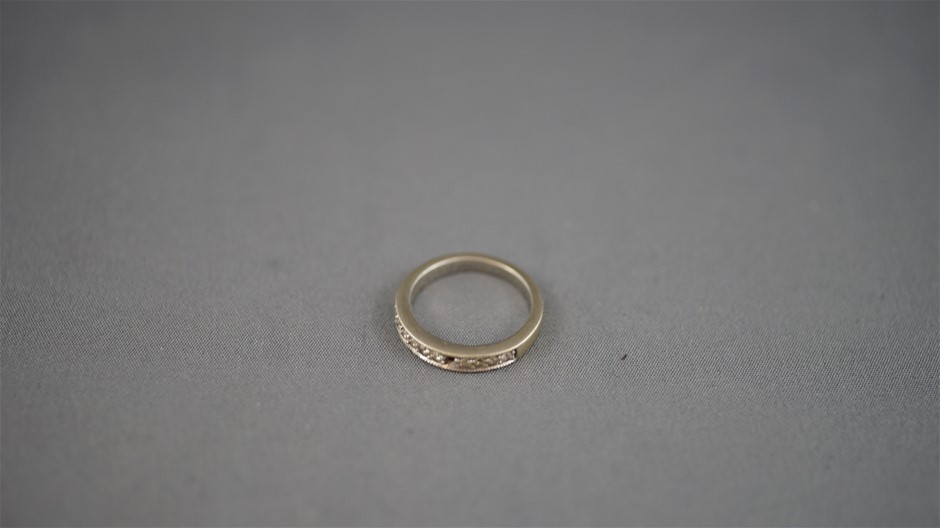 Stamped 9ct White Gold Ring