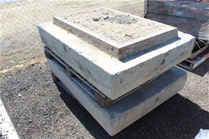 2 x Heavy Duty Storm Water Lid and Surro