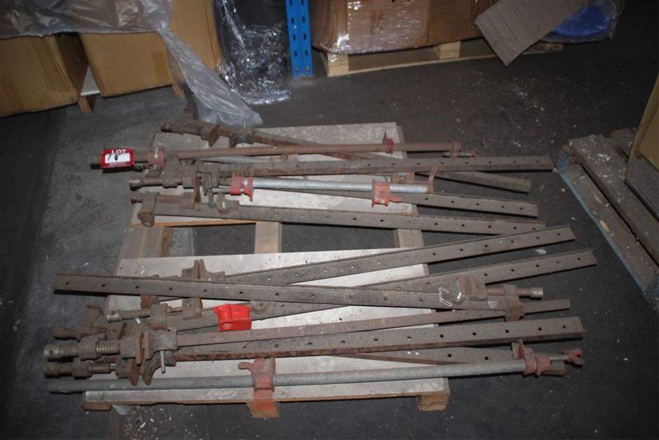 12x Assorted1200mm(L) D8Slash Clamps