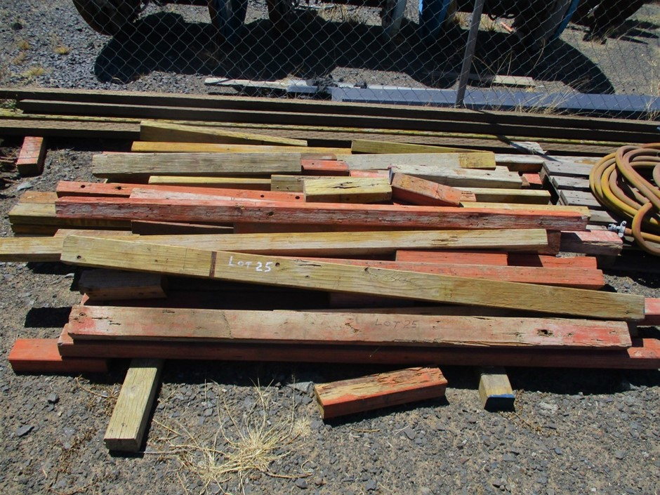 Various Lengths Plywood Timbers