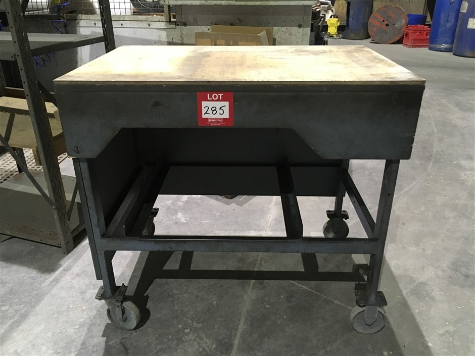 Steel Table on Wheels, Wooden Top (940mm H, 1000mm W, 670mm D)