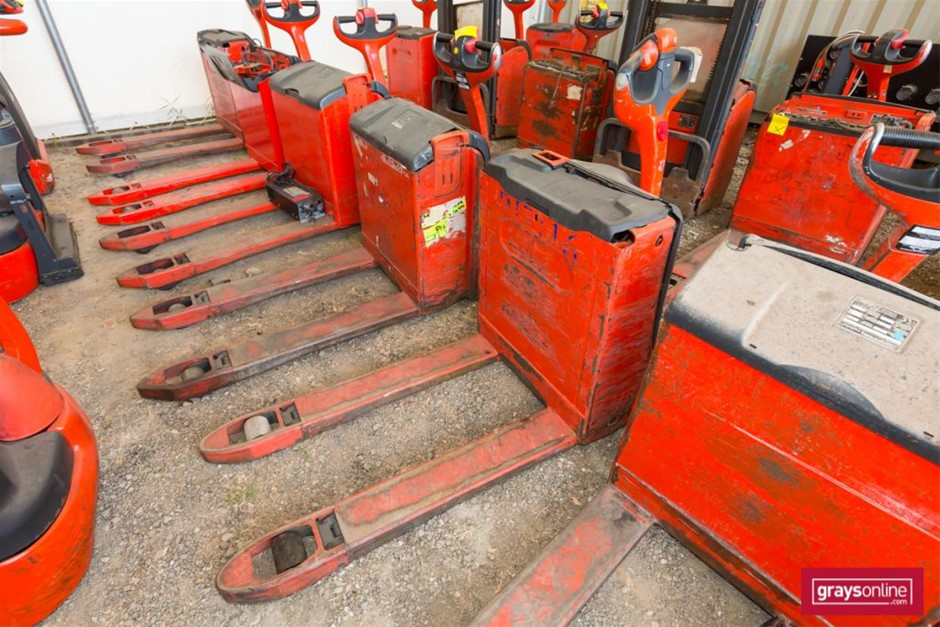 2012 Linde T16 Electric Pallet Truck Year: 2012 Make: