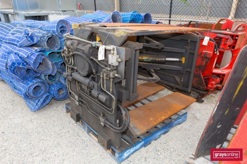 Unknown Cascade Double Pallet Handler Twin Tyne Attachment Buil