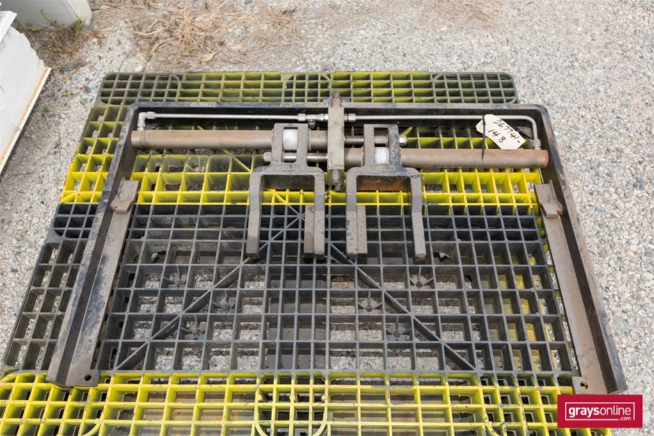 Forklift parts only Make: Cascade Model: 1846030 IL22 Tyn