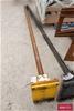 <b>Long Roll Lifter</b> <li>Length: 2200mm <li>Damage: Scraped, marks and